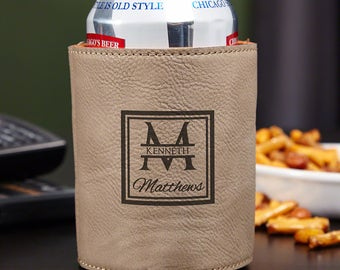 Oakhill Monogrammed Beer Can Cooler - Sand Colored Faux Leather Beer Holder - Personalized  Groomsmen Gifts - Ideal Gifts for Beer Lovers
