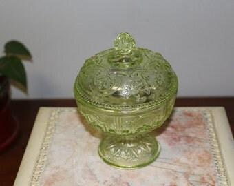 Bonbonnière 1940 in glass molded seyedmehdi - France