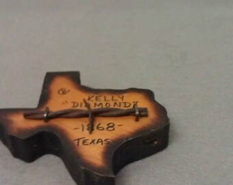 Kelly Diamond 1868 Barbed Wire on Texas Wood Plaque  Authentic Antique Barbed Wire used in the 1800's