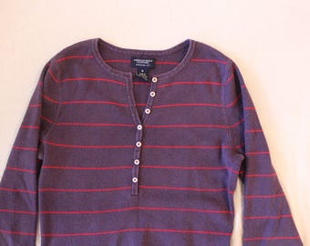Vintage American Eagle Outfitters purple w/ white stripes long sleeve button down shirt