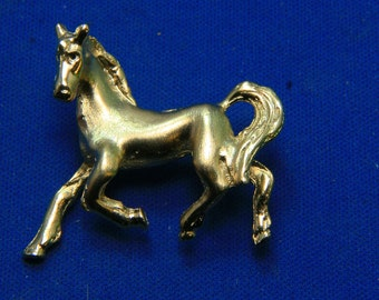 Vintage Gold Tone Horse Equestrian Pin Brooch