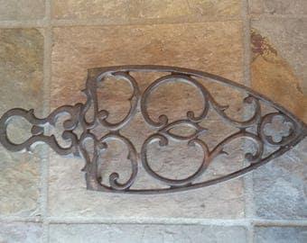 Cast Iron Trivet in Iron Shape
