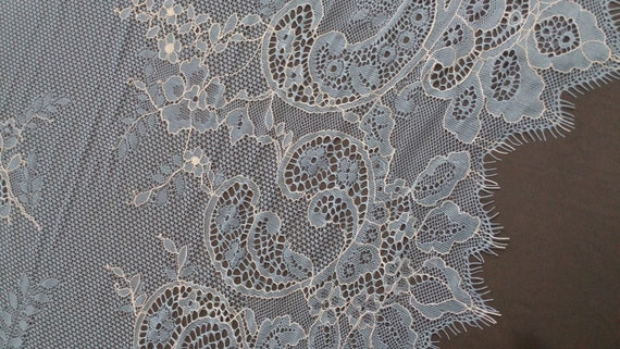 Lace fabric  - French style, Gorgeous chantilly lace fabric from France