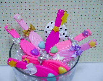Vintage Barbie Brush Pendants - So Kawaii !! J-fashion Decora Fairy Kei Spank Style Lolita OOAK