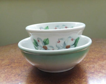 Two Syracuse China vintage bowls.  DOGWOOD custard cup and green airbrushed bowl.  Excellent condition.