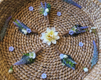 Boutonniere, lavender boutonniere, Boho boutonniere, wedding boutonniere, woodland boutonniere, groom accessory