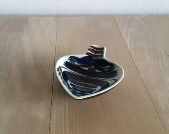 Royal Copenhagen earthenware spoon rest – Marianne Johnson – 146/2899