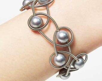 Gray Fresh Water Pearl Silver Piano Wire Bracelet
