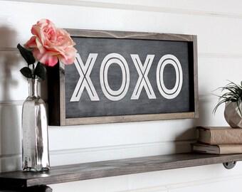 "XOXO Sign, Valentines Day Wood Sign, Farmhouse Sign, Hugs and Kisses, Modern Farmhouse Decor, Rustic Home Decor, 21.5"" x 9.5"""