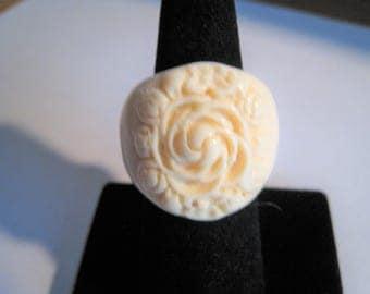 Carved Design Ring   ( size  7 1/2  )