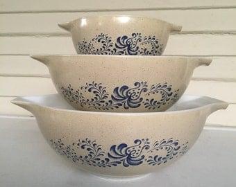 Homstead Blue Pyrex Cinderella Bowls