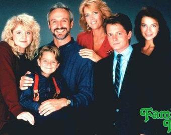 Family Ties Michael J Fox Meredith Baxter Michael Gross Justine Bateman  Rare Vintage Poster