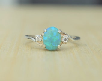 Green Opal Ring, Green Fire Opal, Fire Opal Ring, Opal Ring, Silver Opal Ring, Lab Opal Ring, Birthstone Ring, Promise Ring