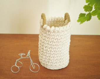 Miniature Tall Basket with Handles, Doll House Umbrella Stand, Miniature Crochet Basket, Storage Basket, Gift for Women, Cozy Home Decor