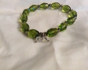 lime green and clear beaded bracelet