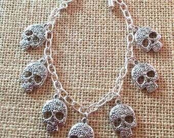 Charm bracelets Skulls or Keys, choose which style you prefer!