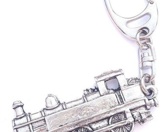 Train Handcrafted from Solid Pewter In the UK Key Ring