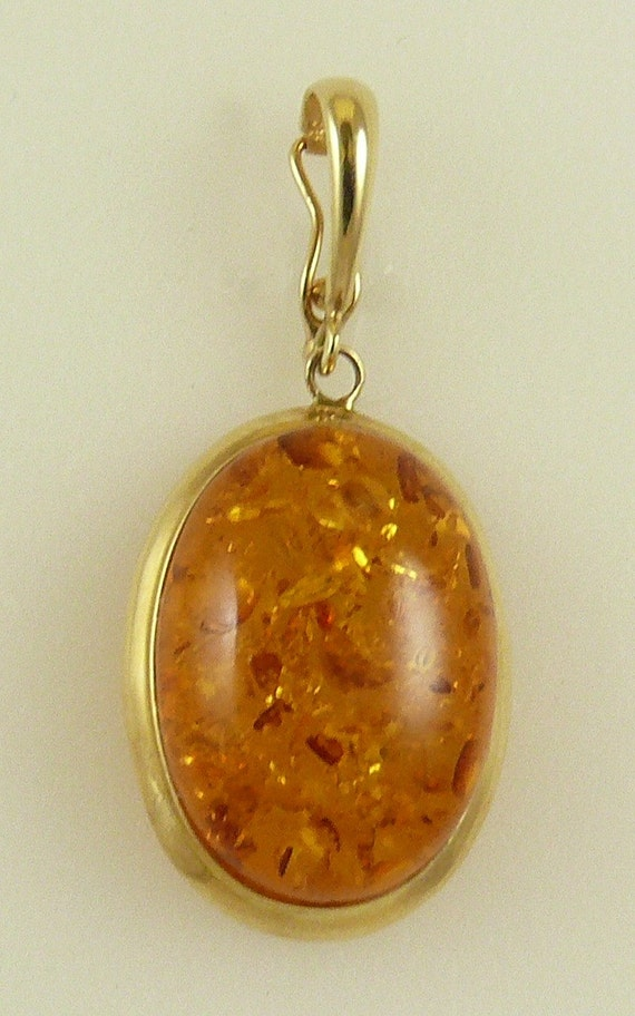 Amber Oval Pendant 14k Yellow Gold Enhancer