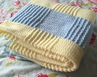 Crochet Baby Blanket with stripes, Chequered afghan, baby shower gift, Nursery blanket, striped baby blanket, cot bedding, blue and yellow