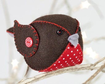 Merrydown Robin Felt Sewing Kit