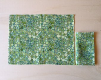 Pure linen napkin and placemat set. Digital printing of watercolor.