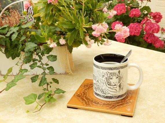 Decorative Coaster for cups, coffee cups and pots, brown tile tile-Retro tiles-vintage ceramic tile-brown ornament