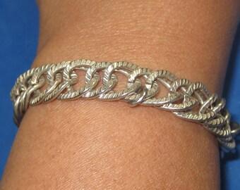O-39 Vintage Bracelet 7 in long