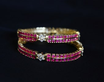 Set Of Two Ruby Bangle Bracelet / 2.6 Size Ruby Bangles / Traditional Indian Bangles / Floral Pattern Bangles/ Gift For Her/ Wedding Jewelry