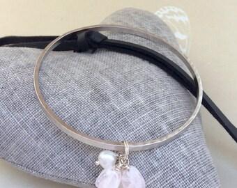 Rose quartz bracelet, Rose quartz bangle, pink quartz,  Rose quartz stones, semi precious beads, hammered silver bangle