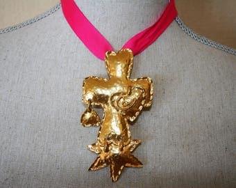 Christian Lacroix brooch pendant