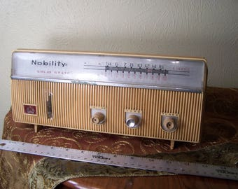 Vintage Transistor Radio by Nobility