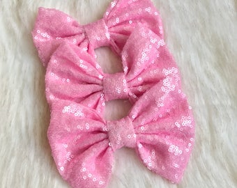 Baby pink messy sequin bow, light pink sequin bow, pink messy sequin bow, pink sparkly bow, pink sparkle bow