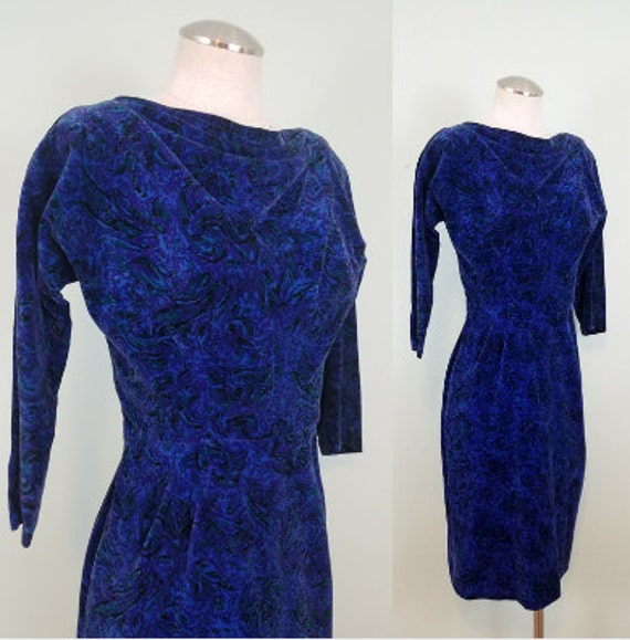 1950s Velveteen Wiggle Dress / Mid Century Midi / Blue, Purple Velvet Dress with Sleeves / Modern Size Extra Small or Small