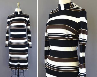 60s The Pretty Crosswalk Dress - 1960s Vintage Mod Short Dress - Long Sleeve Shift Dress w Long Sleeves - Black White Horizontal Stripes