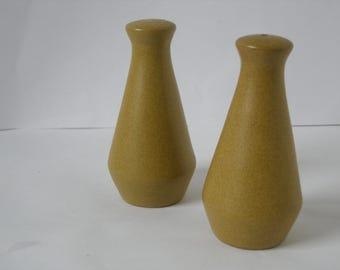 Denby Ode Stoneware Salt and Pepper Shaker
