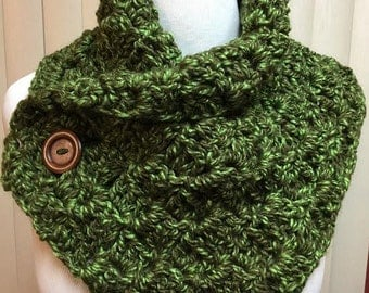 Neck Warmer, Olive Green Button Cowl, Button Scarf, Green Neckwarmer, Green Scarf, Green Cowl Scarf, Button Neckwarmer, Winter Scarf