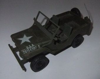 WWII World War 2 Willy's? US Military Jeep plastic friction vintage c1970s toy made in Hong Kong 20154307-S