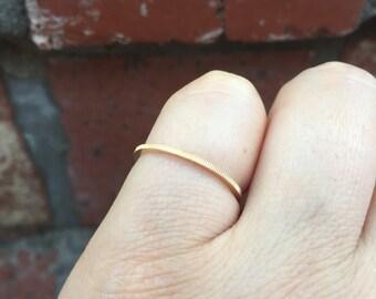 Ribbed 14 k Gold band ring
