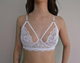 White Lace Gabrielle Bra