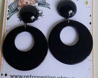 Black Betty hoops // Vintage lucite earrings // Pinup style
