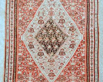 Antique Persian Senneh kilim rug - Fine kilim – 4'4 x 6'4 – 132 x 192 cm. - Free shipping!