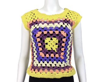 Vintage Clothing, 70s Crochet Top S M, Granny Squares Top, Americana, Crocheted Vest, Boho Top, Hippie Top, Sweater Top, Knit Top, SZ S M