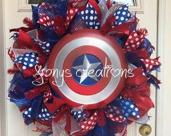 Captain america wreath, super hero wreath, front door wreath, deco mesh wreath, birthday party wreath, captain america shield, marvel comics