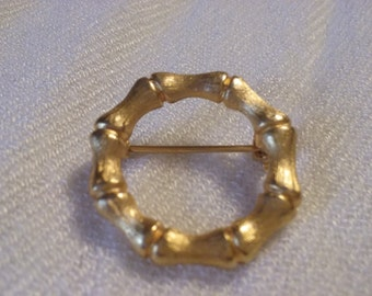 Vintage Yellow Gold Tone Brooch