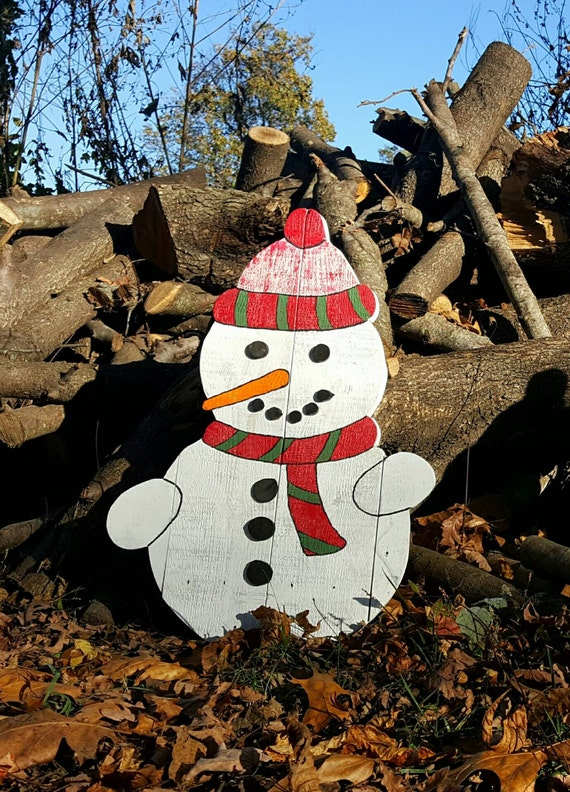 Outdoor Christmas Decorations With Pallets : Pallet snowman outdoor christmas decor