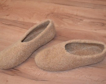 Gr. 42/43: Felt slippers with LaTeX sole