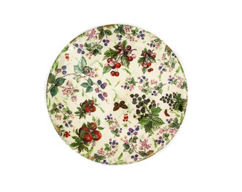 "Large Wydnor Hall Pottery Ivory Bramble Round 17"" Platter"