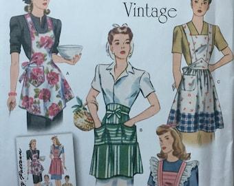 1221 Vintage Aprons Misses'  1940's Aprons Retro