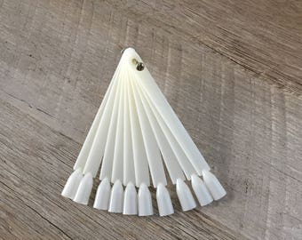 Nail Art 50pc False Ivory Nail Display Sticks