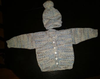 6-12 mths baby cardi and hat hand made.